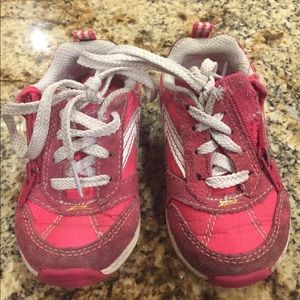 Stride Rite size 5.5M sneakers pink